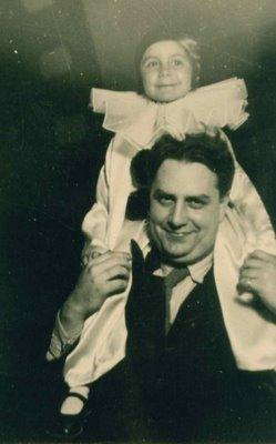 Mircea Vulcanescu cu fiica sa Sandra