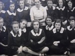 Doamna Aspazia Otel Petrescu la Colegiu