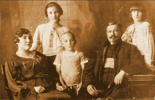 Familia Protopului martir Aurel Munteanu
