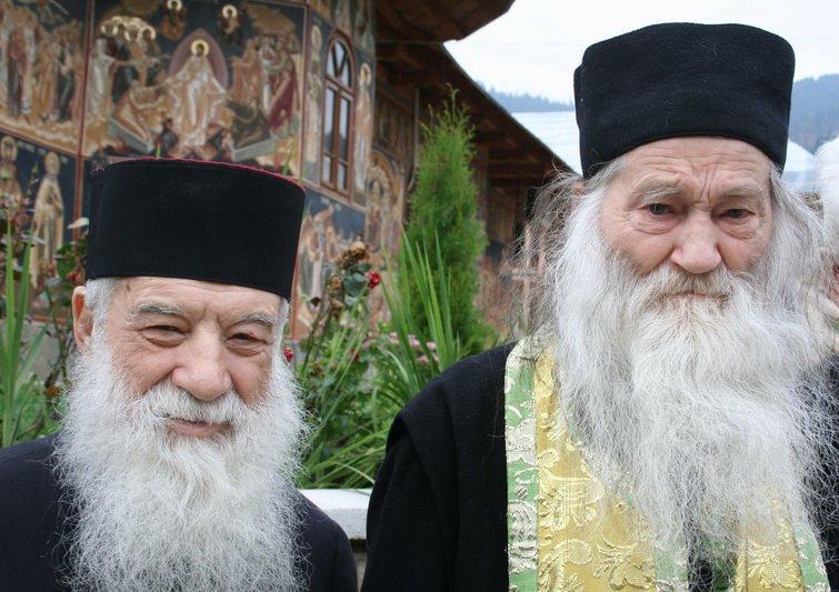 Parintele Gheorghe Calciu Dumitreasa si Parintele Justin Parvu - Marturisitorii