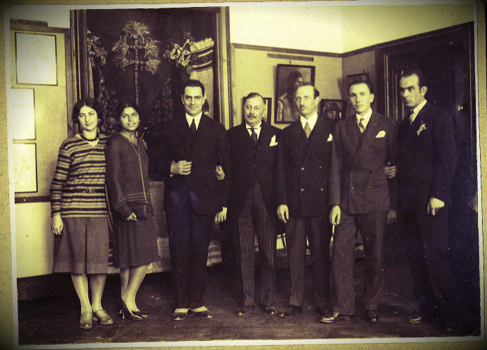 De la st la dr Zizi Constante, Xenia Costa-Foru, Mircea Vulcanescu, Dimitrie Gusti, Vladescu-Racoasa, H.H. Stahl, Ernest Bernea