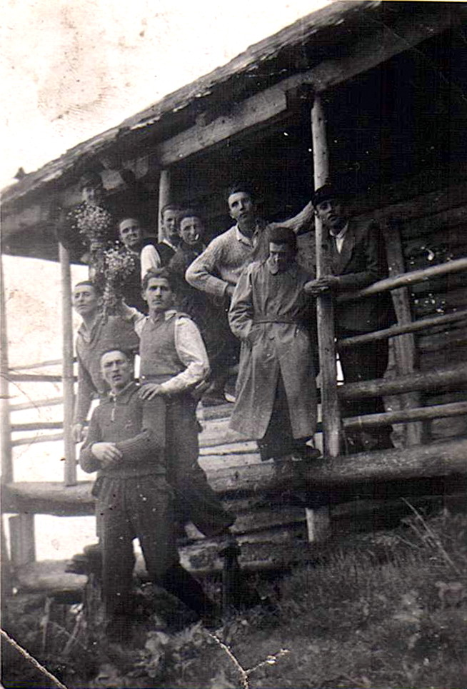Grupul Ion Gavrila Ogoranu la Cabana din Fagaras - CNSAS via Marturisitorii.Ro