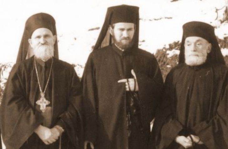 Nicolae Steinhardt langa Parintii Justin si Serafim Man via Marturisitorii