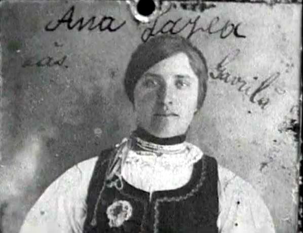 Ana Gavrila mama lui Ion Gavrila Ogoranu