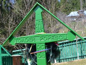 Crucea lui Toader Popescu de la Petru Voda