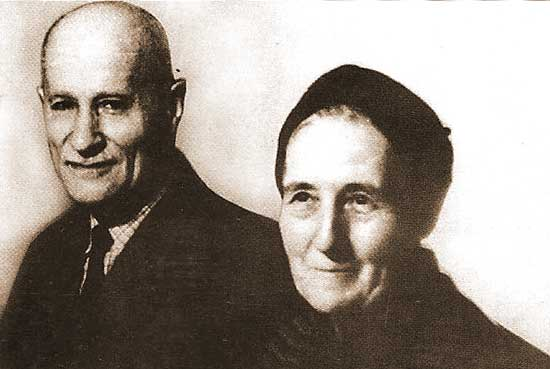 Teodor M Popescu si sotia dupa eliberarea din inchisoare