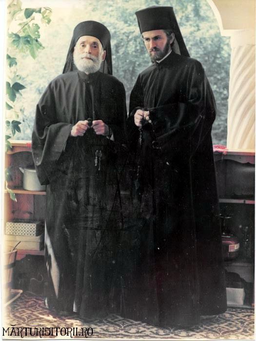Acasa la Monahul Nicolae Steinhardt de la Rohia - MARTURISITORII RO 5475