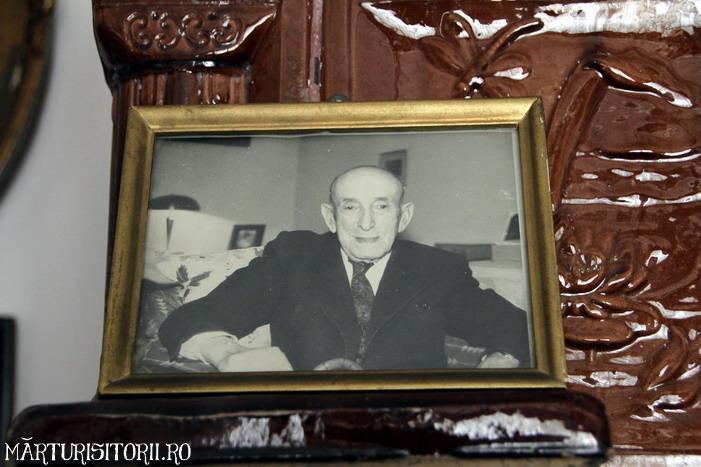 Acasa la Monahul Nicolae Steinhardt de la Rohia - MARTURISITORII RO 5484