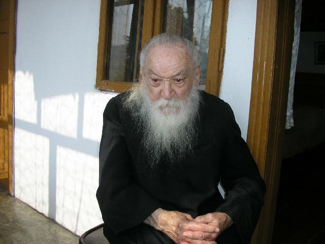 Parintele Adrian Fageteanu Vesnica lui Pomenire