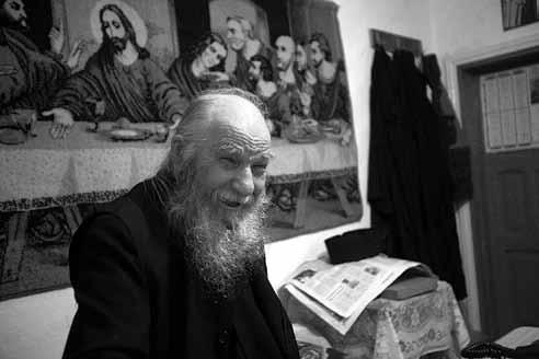 Părintele-Paulin-Clapon - Petru Voda
