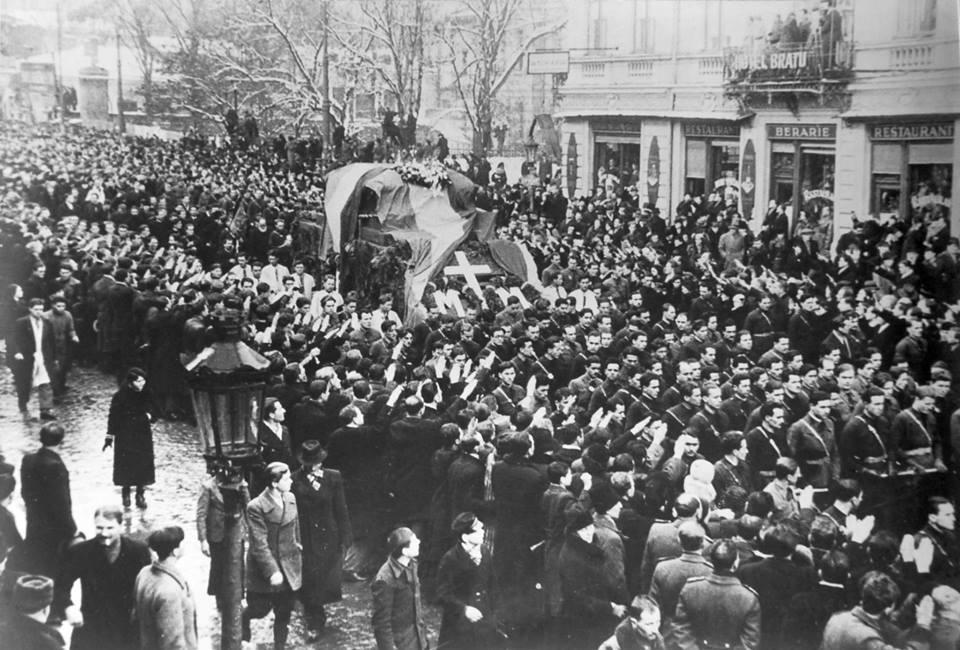 Mota Marin procesiune afet de tun