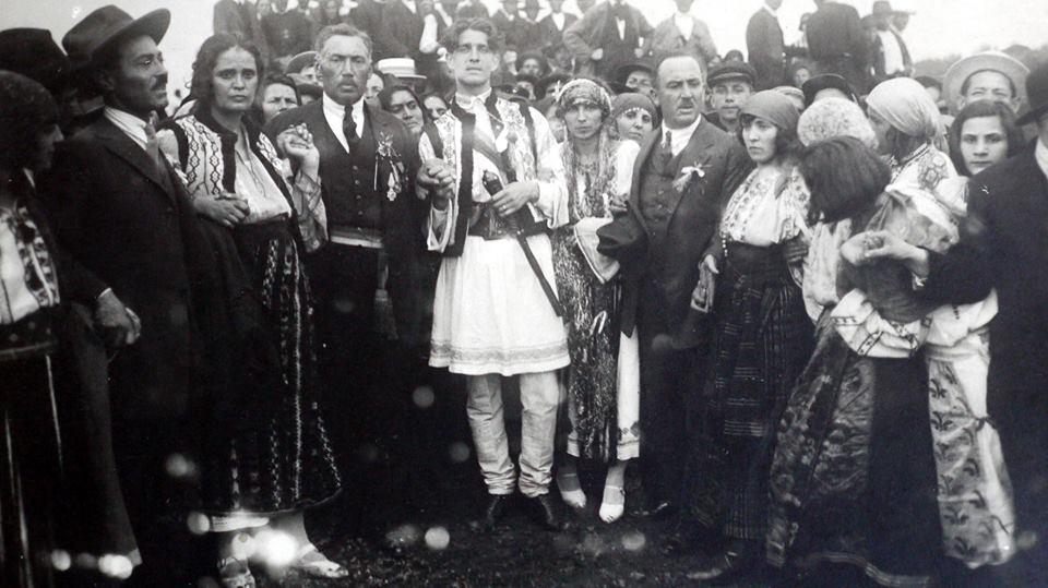 Căpitanul Corneliu Zelea Codreanu la nunta sa de la Focşani din 14 iunie 1925