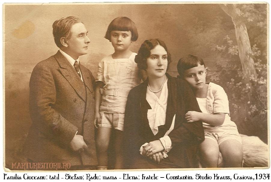Fam Ciuceanu - Stefan, Radu, Elena, Constantin - Craiova, foto studio Kraus, 1934