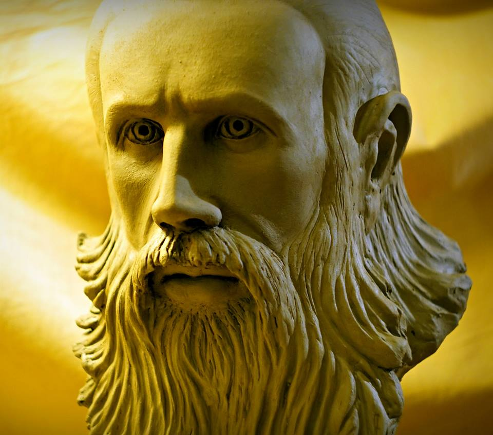 Parintele Arsenie Boca - de sculptorul Iulian Postolache 5