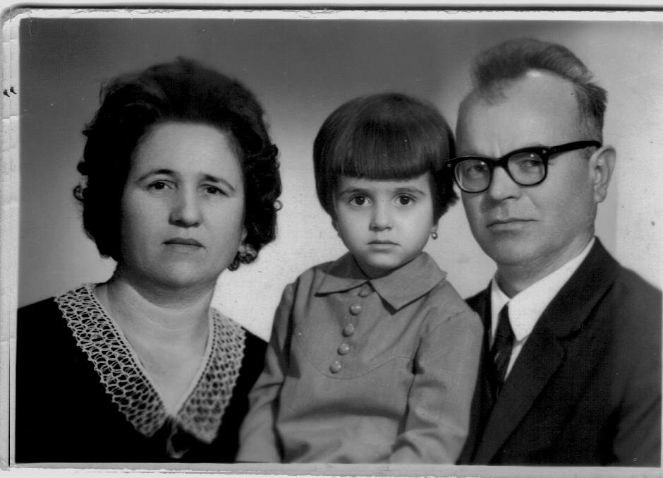 Virgil Maxim cu-sotia-si-fetita