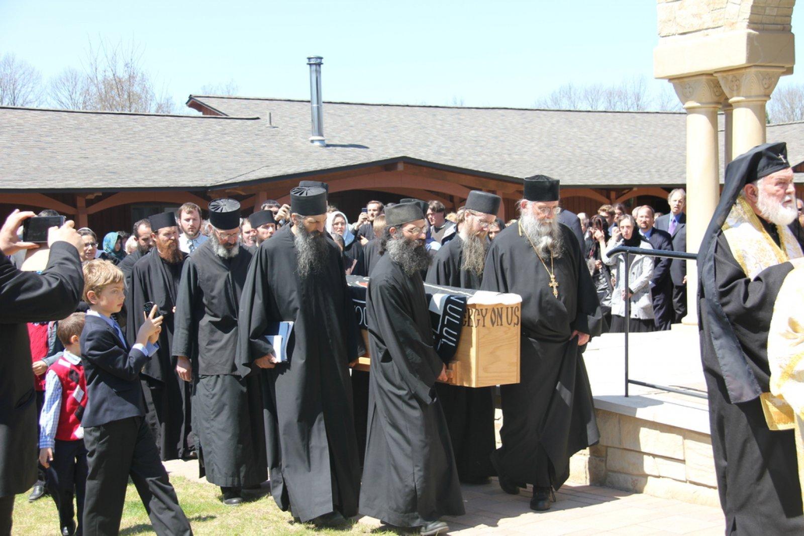 Inmormantare Parintele Roman Braga 29 aprilie 2015 2