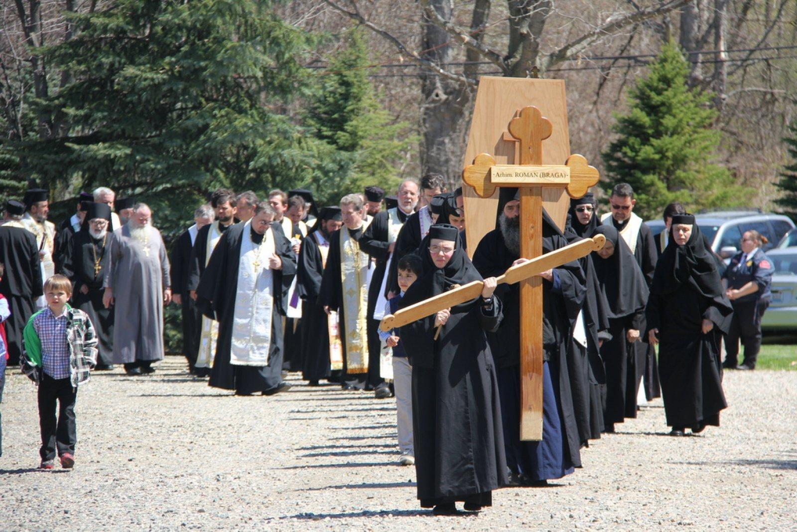 Inmormantare Parintele Roman Braga 29 aprilie 2015 4