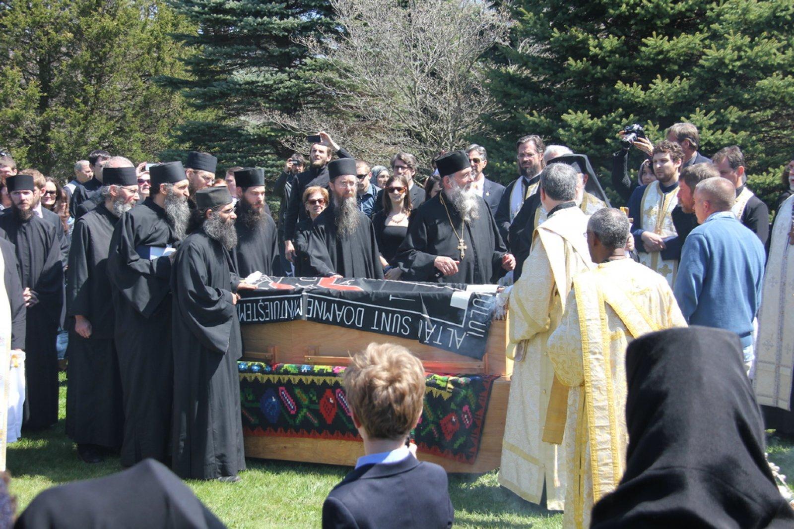 Inmormantare Parintele Roman Braga 29 aprilie 2015 6