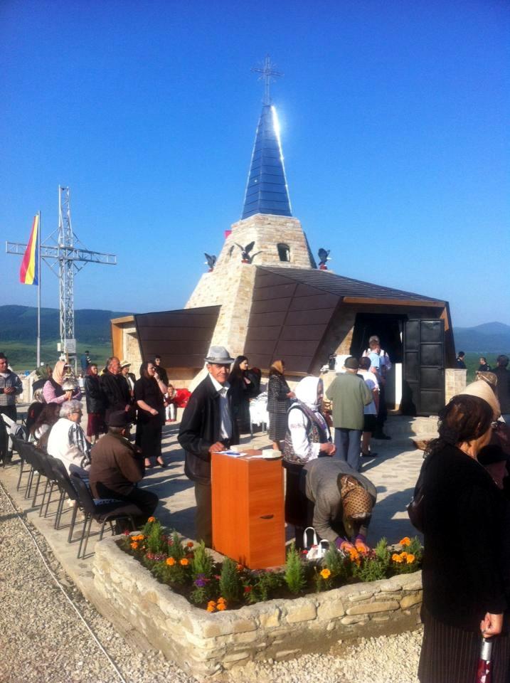 Monument Eroi Nemtisor imaginat de Parintele Justin Parvu