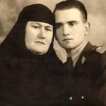 O familie de martiri: Laurenţia Arnăuţoiu, o mamă martirizată, cu fiii jertfiţi în lupta împotriva ocupantului bolşevic. POEM