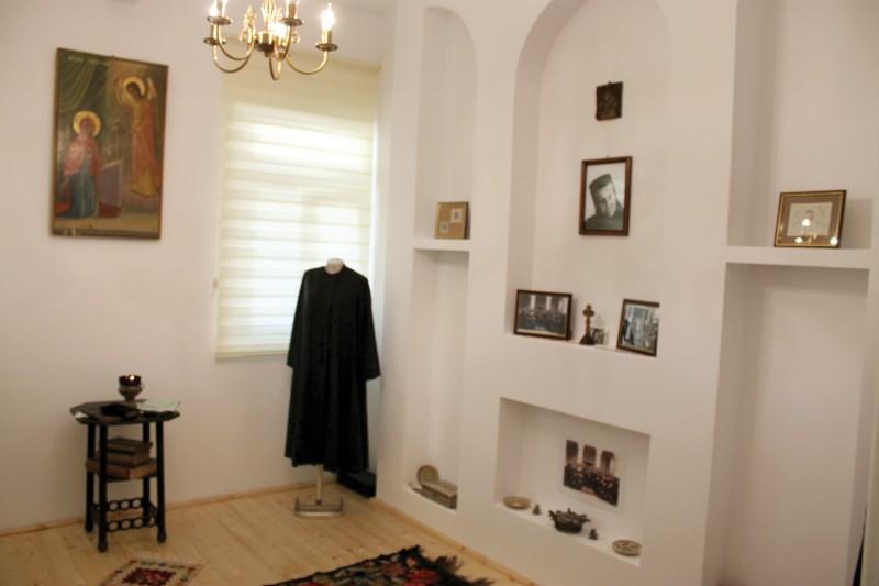 Chilia muzeu a Maicii Teodosia - Zorica Latcu de la Manastirea Vladimiresti