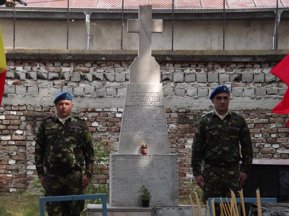 Comemorarea detinutilor politic - Targusor 2016 - Militari