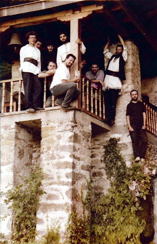 10 tineri la Sf Munte Athos 1996 Costel Florin