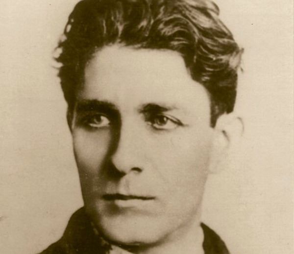 romanian-men-corneliu-zelea-codreanu-portrait-legionary-movement-iron-guard-romania-people-history-famous-romanians1