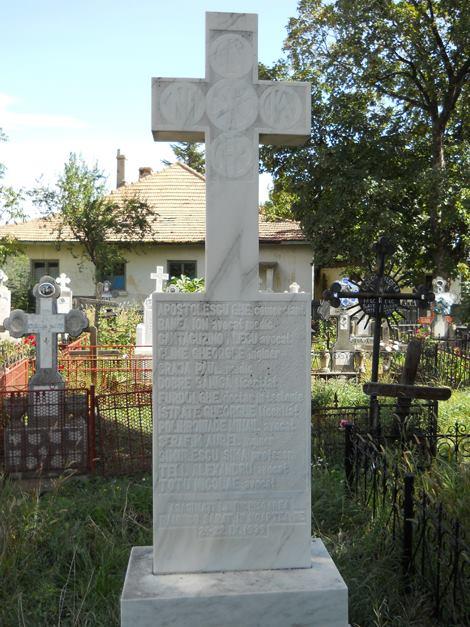 monumentul-legionarilor-executati-in-ramnicu-sarat